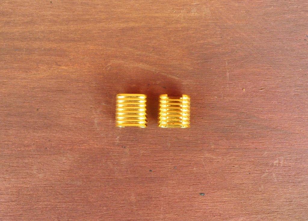 Fascette da Stringere con Le Pinze. Colore Oro.