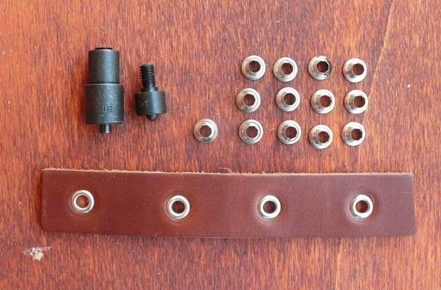Occhielli a Vela in  Ferro 0,5 mm . Colore Nichelato